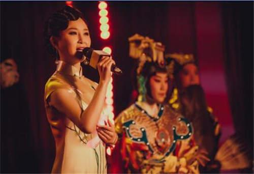 储兰兰携新京剧唱响北京 古诗与京剧融合