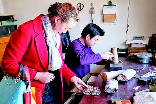 洮州手工银匠的传承