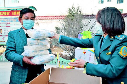 州运管局发放防疫物资助力运输行业复工复产